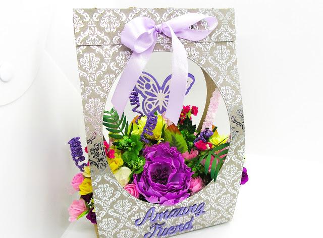Paper flower gift bag